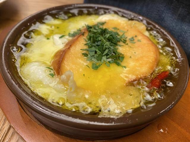 イタリアンパセリが食材に利用されている写真